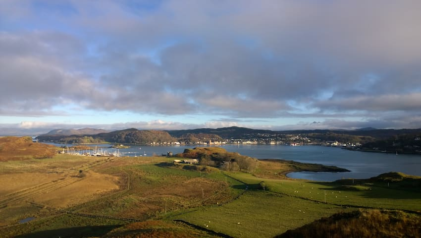4 bedroom cottage, isle of Kerrera, oban - Oban - House