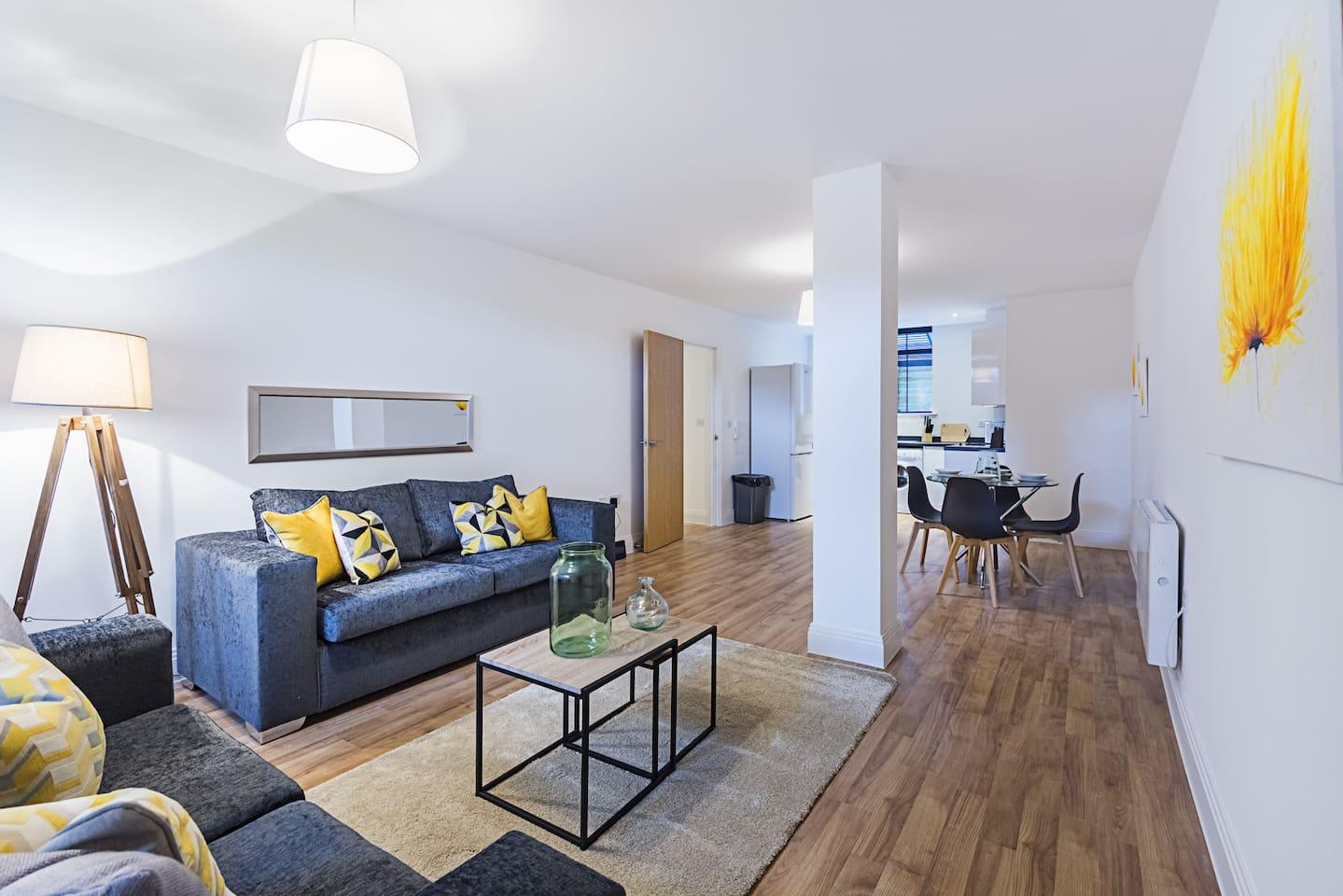 Flat 8 Living Room 2