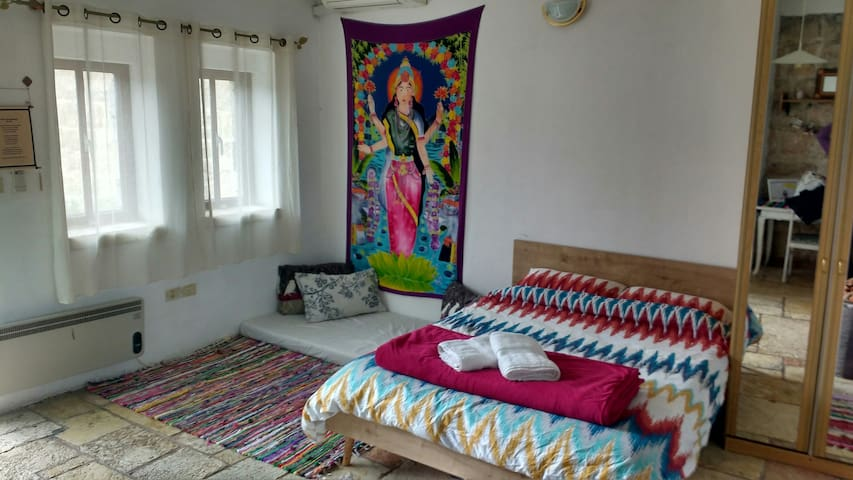 Charming Studio in the Heart of Ein Karem