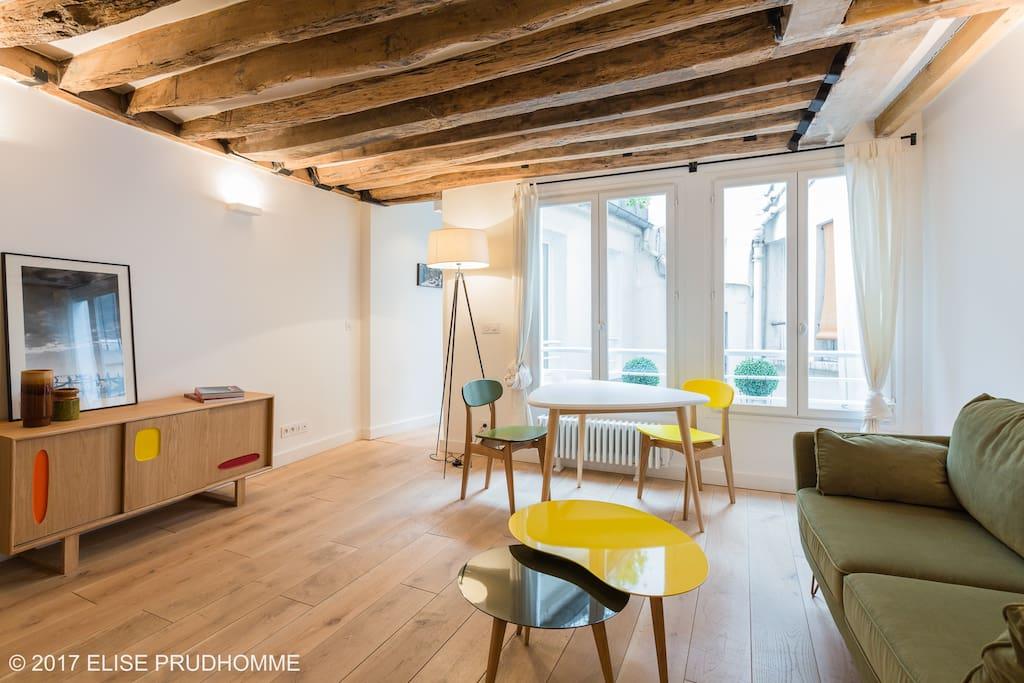 st germain des pr s une chambre au calme appartements louer paris le de france france. Black Bedroom Furniture Sets. Home Design Ideas