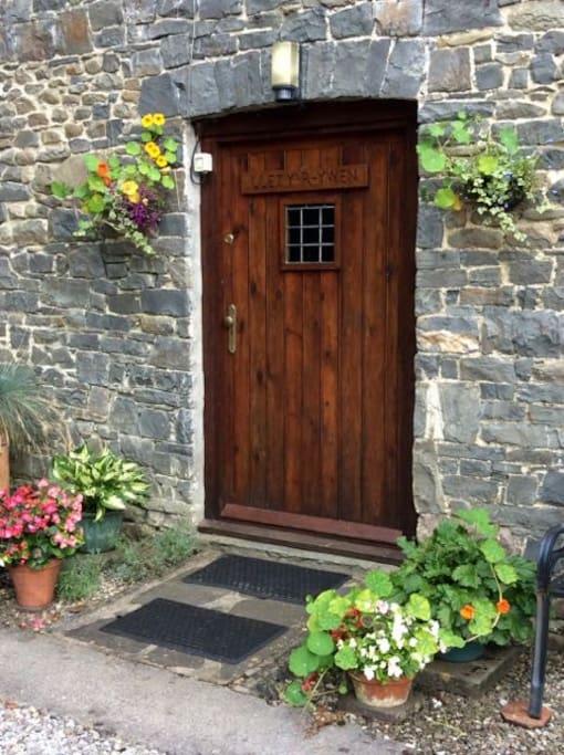 Lletty Cottage front door