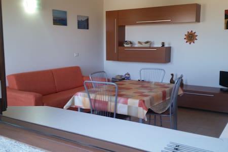 Appartamento a Giba (CI)