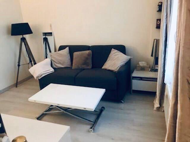 Studio équipé et cosy proche Paris et La Défense