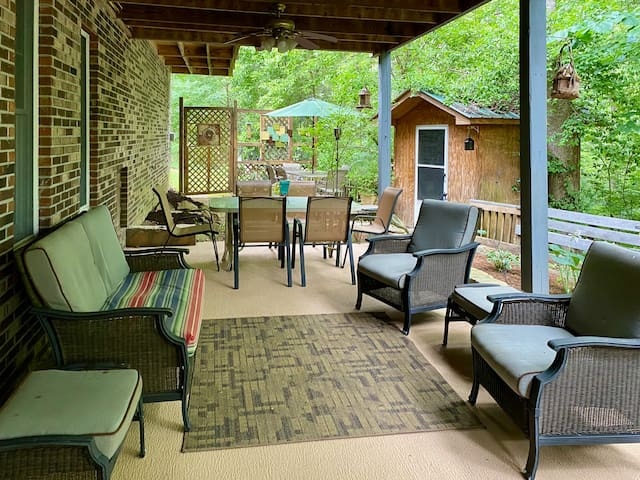Relax at The Back Porch Retreat