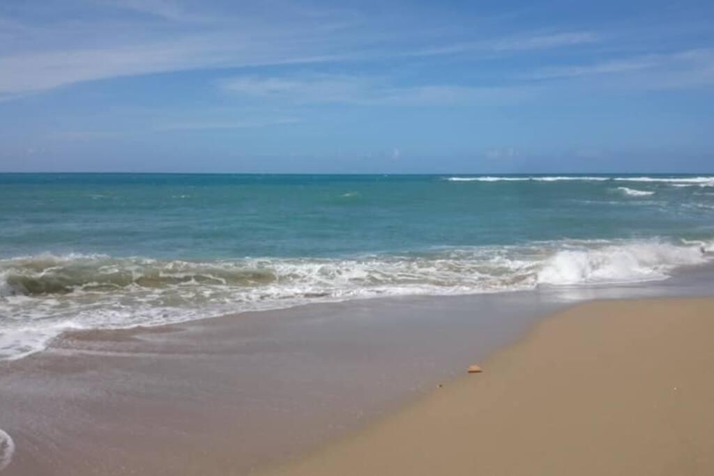 2 Gehminuten zum Strand der Perla Marina