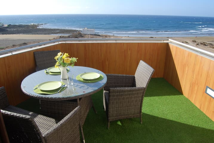 Fantastic apartment on the seafront - El Médano - Pis