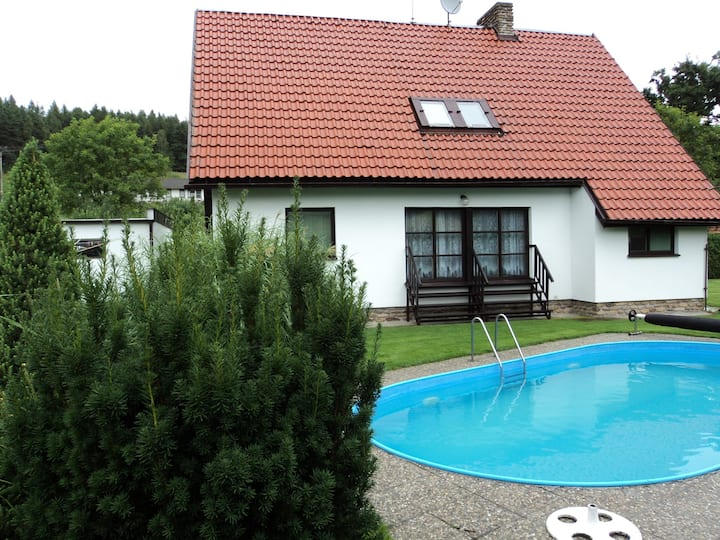 House for 6 pers with pool in Strakonice R66668