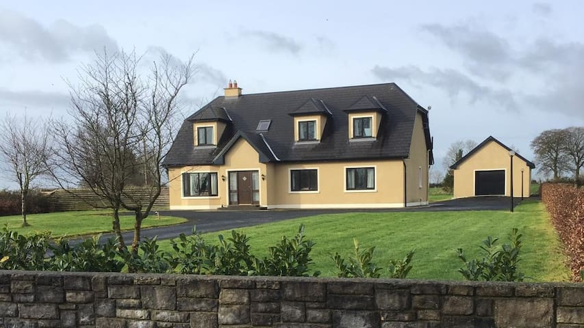 Scenic rural setting in West of Ireland/Midlands