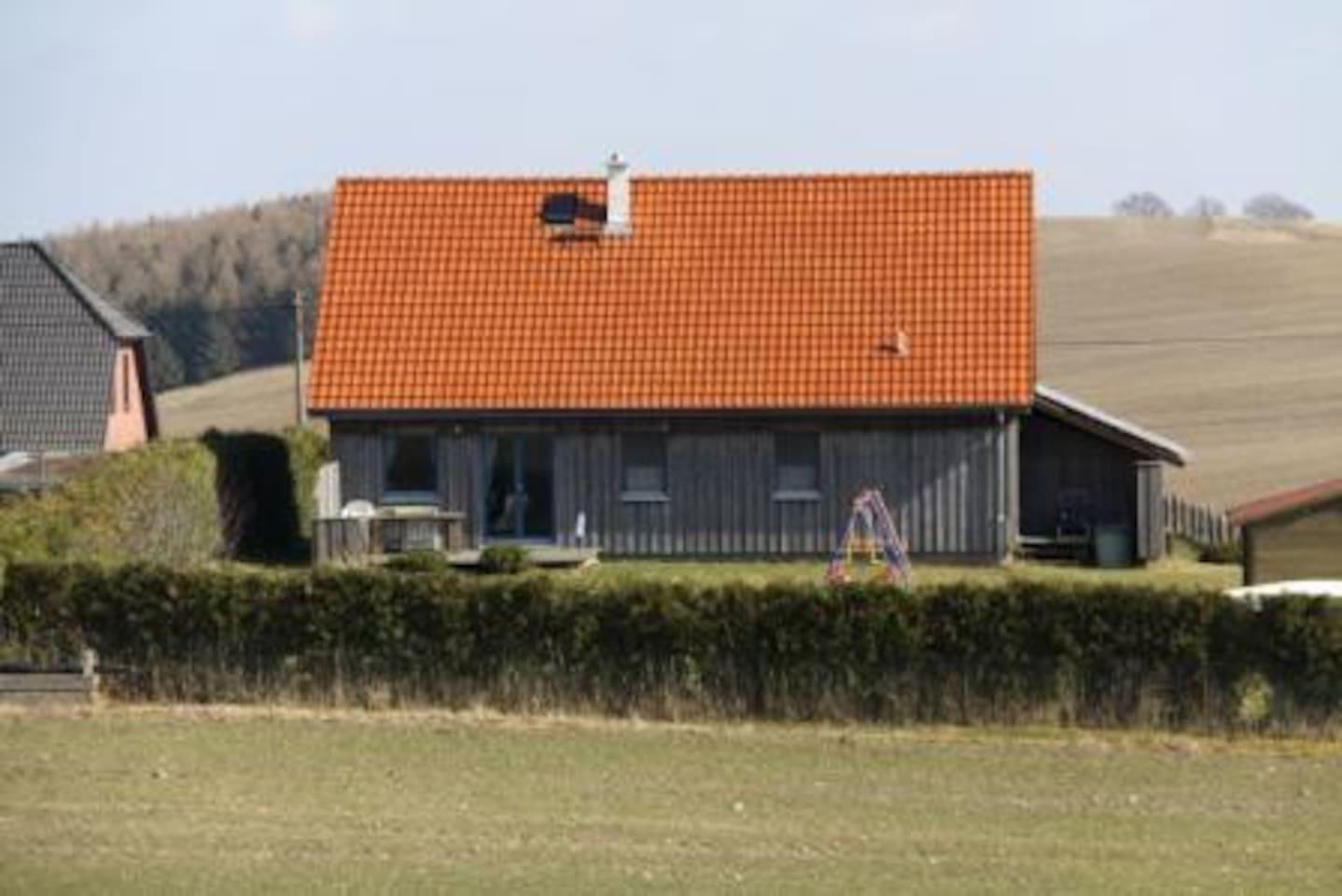 Das Haus vom Mühlenberg her gesehen