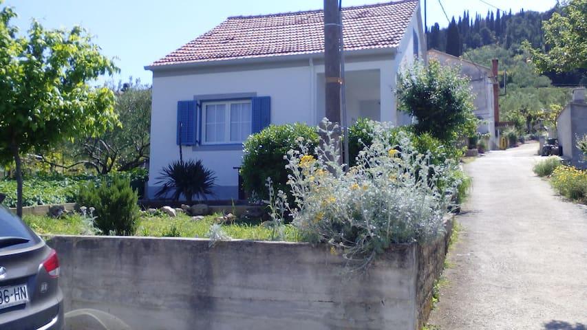 Ana's Island House - Preko - Huis