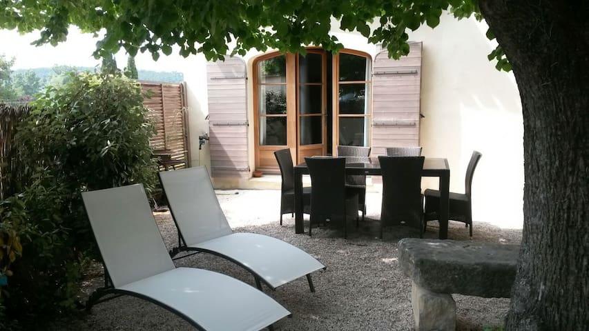 Villa de charme au pied du ventoux - Villes-sur-Auzon - Huis