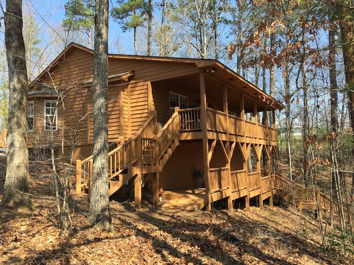 Murphy Hollow Mountain Cabin