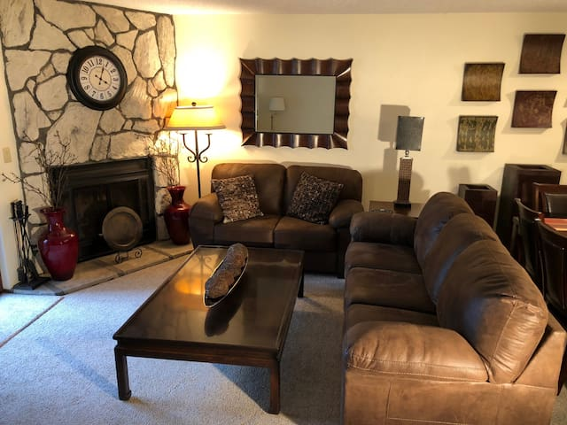 Downtown Ketchum , Two Bedroom Condo