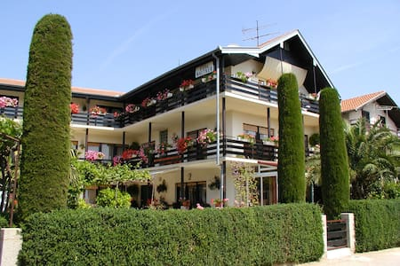 Villa Mautner - Room with Balcony 6 - Vodice - Villa