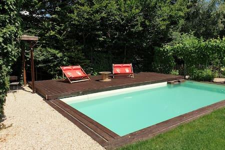 Ferienwohnung mit Flair & Pool