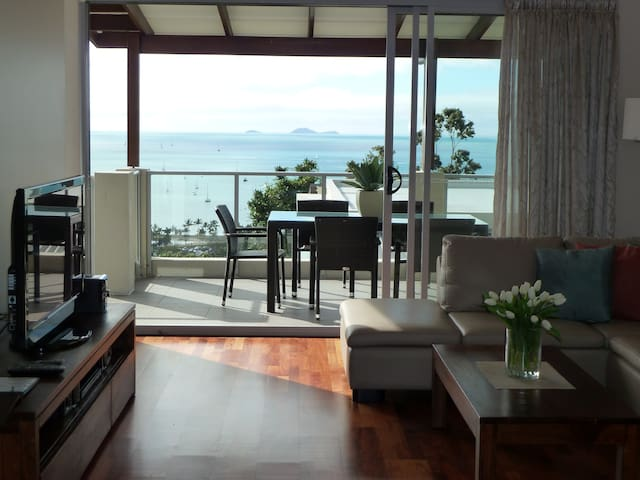 OSCARS VIEW UNLIMITED WIFI Whitsunday Reflections - Airlie Beach - Apartament