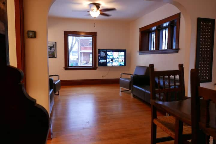 NE Arts/BrewHouse; Great location,hottub,pooltable