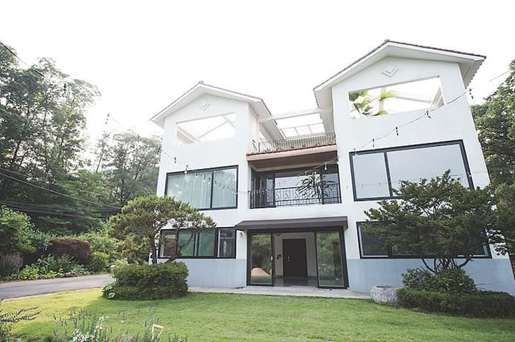 hayes gaden 헤이스가든 - Seocho-gu - Villa