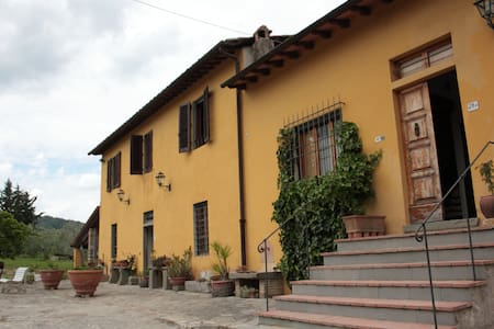 Le Conche in the heart of Chianti, Florence - Rumah