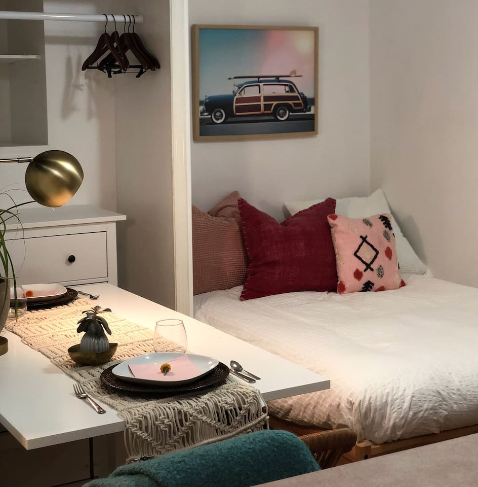 Your tranquil studio oasis for your stay in beautiful Vancouver!
