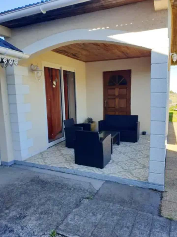 House with 3 bedrooms in La Plaine des Cafres, with wonderful sea view and enclosed garden - 30 km from the beach