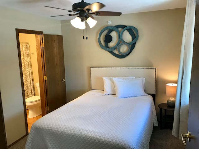 Sandhills Suites // Room 202