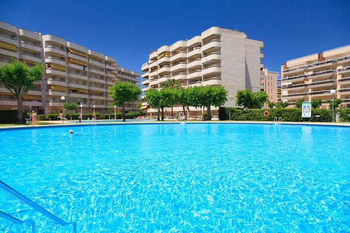 BEAUTIFUL AND SPACIOUS APARTMENT IN THE HEART OF SALOU S206-217 RHIN