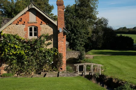 Mill Cottage, Cotswolds - Stourton - Guesthouse