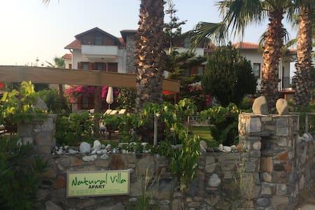 Natural Villa - Aparthotel - Villa