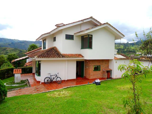Beautiful Country House in Machetá - Cundinamarca - Machetá - Casa