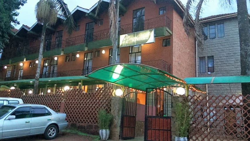 Central Hotel Nyeri