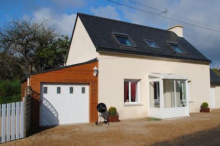 maison reconstruite en 2008,calme - Plouégat-Moysan - Dom