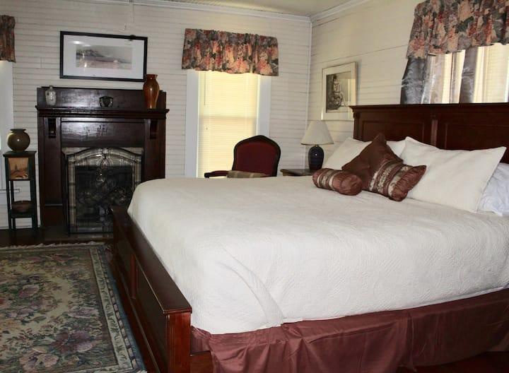 Seagrove Stoneware Inn - Raku Room