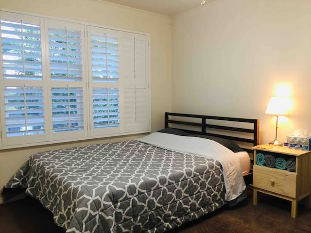 Comfortable room near airport noble city(Room 5)