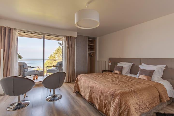 Chambre d'hôtes Marine vue mer, piscine, tennis