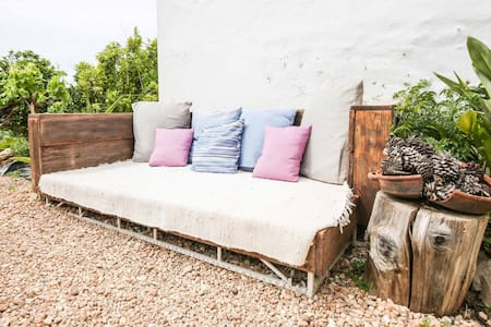 Rooms in rural Ibiza (Nova)