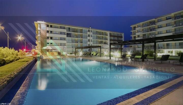 Apto 006 dentro de hotel c 2 piscinas y sauna
