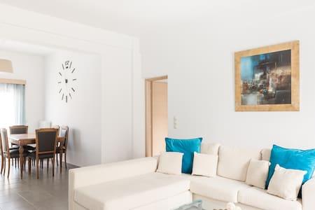 La Buganvilla, cozy apartment by the sea