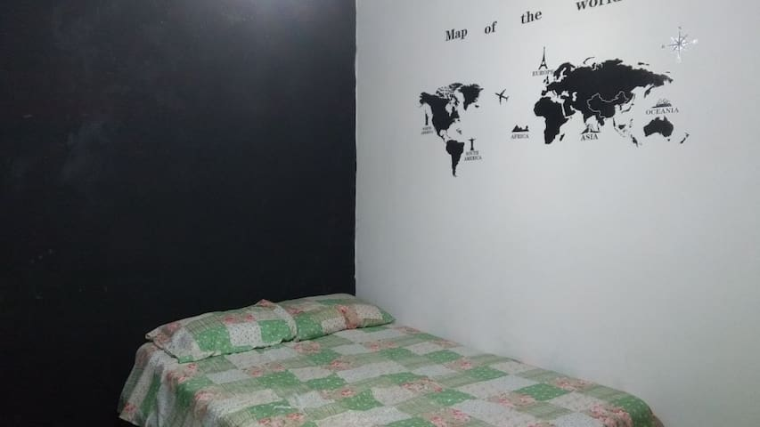 GREAT LOCALIZATION! - ROOM DOWNTOWN CABO FRIO