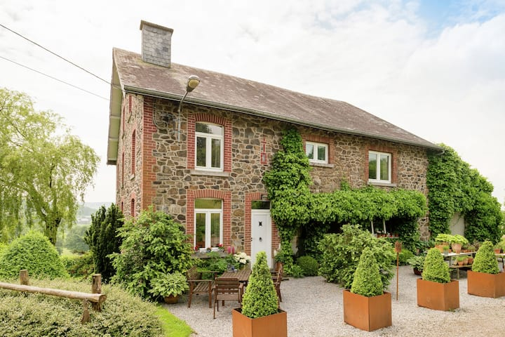 Boutique Cottage mit umzäuntem Garten in Trois Ponts Belgien