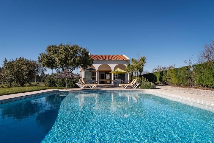 Villa avec piscine - snooker - sauna - jacuzzi
