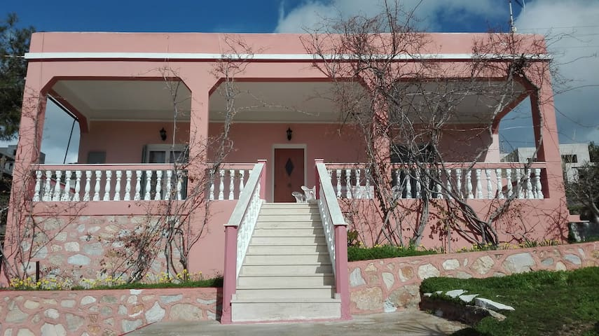 Villa Maritsa - Poseidonia - House
