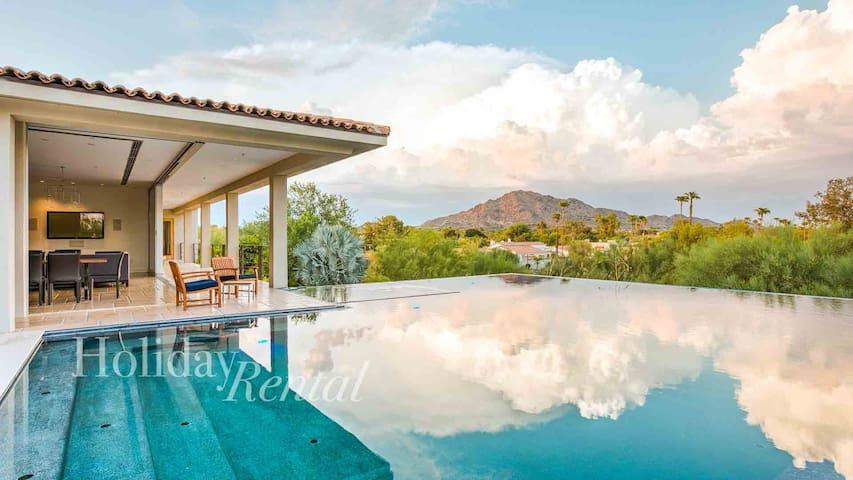 Incredible Views of Camelback Mtn! Modern Luxury!
