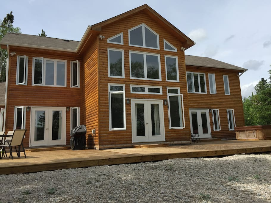 Careen lodge at humber valley resort chalet in affitto a for Gros morne cabine del parco nazionale