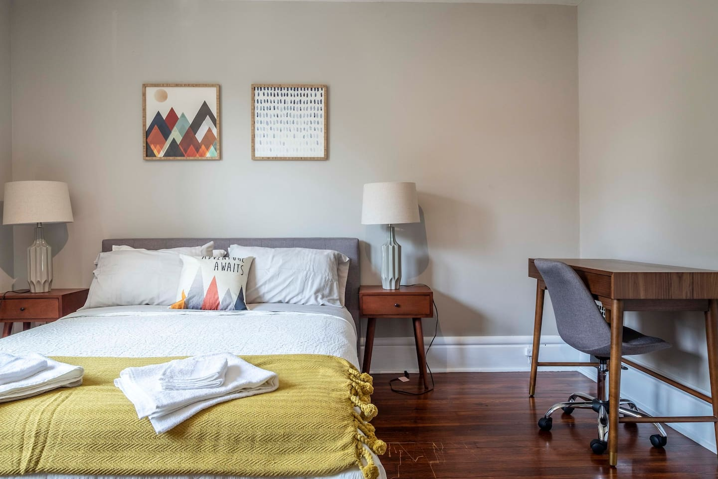 Comfortable and bright room is waiting for you! Luxury mattress, premium linens,   fresh towels, designer furniture, and many thoughtful design touches throughout the room. You'll feel right at home the moment you walk into your room :)