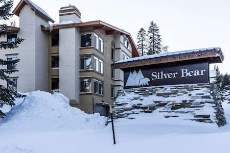 Luxurious Mountain Side Condo in Canyon Lodge - Mammoth Lakes