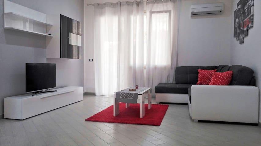 House Petit Fleur - Partinico - Apartamento