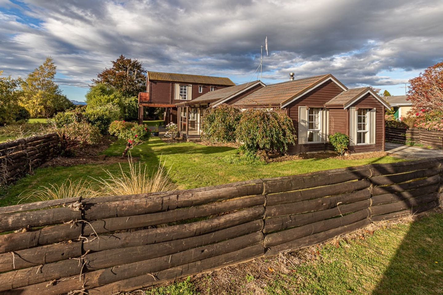 Wide View - Te Anau Holiday Home