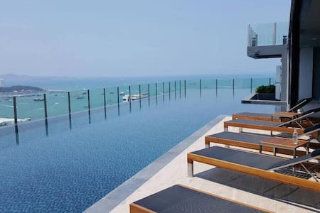 DOWNTOWN OCEAN VIEW NEW! LUXURY, FUN & CHIC CONDO - Muang Pattaya - Ortak mülk