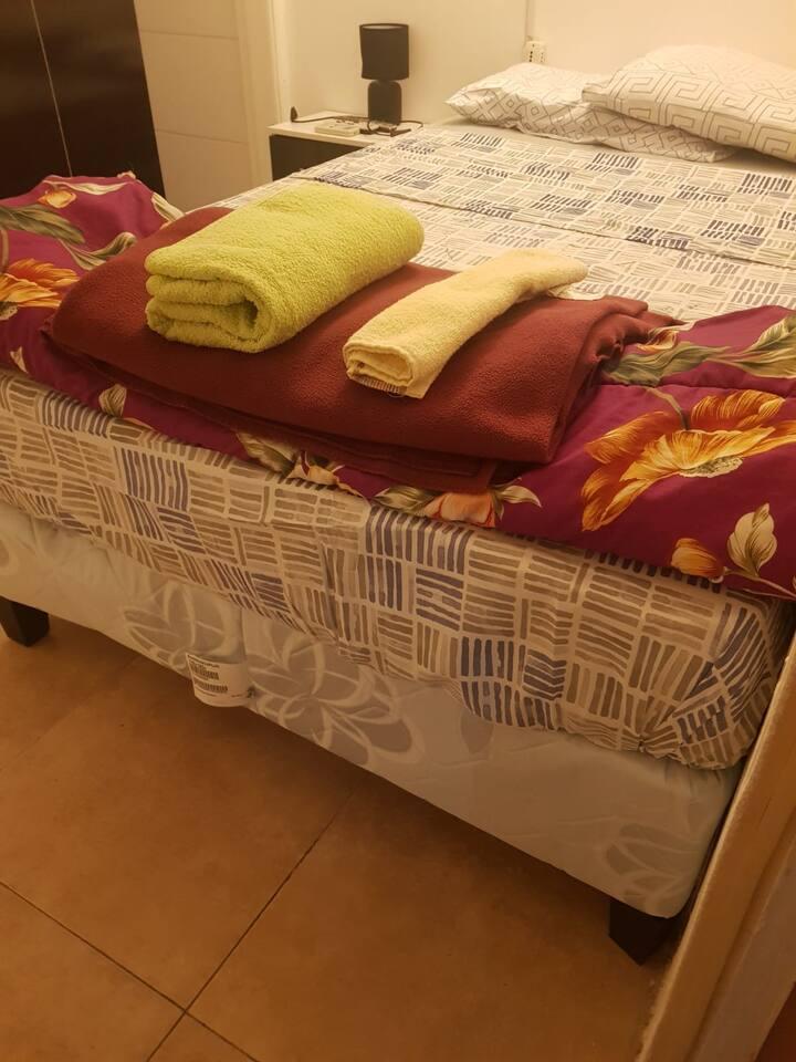 Mvd Port Hostel, Habitación doble con baño privado